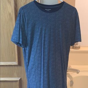 Banana Republic blue and white tee shirt